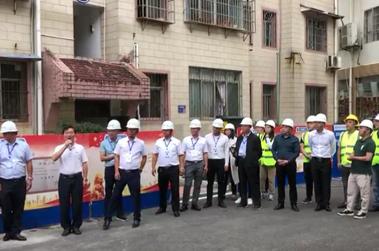 龙里县刘县长为旧城电梯加装工程致辞